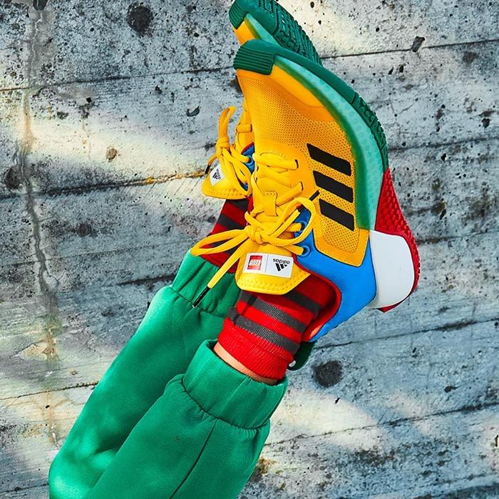 adidas y LEGO crean colección para inspirar la creatividad y fomentar un mundo más divertido - adidasxlego_classic_hype_product_shoe_04