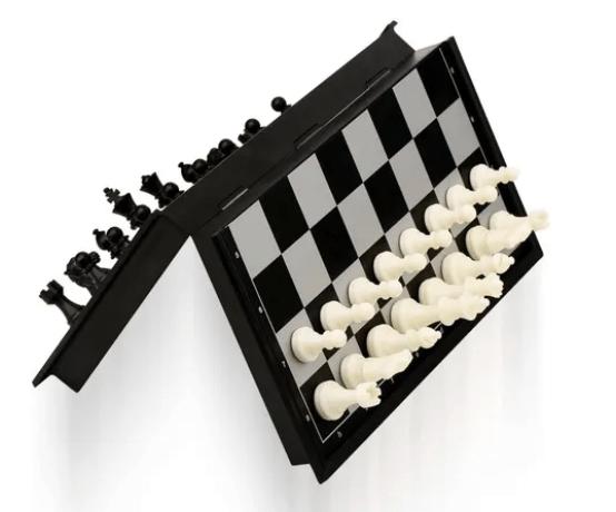 La serie Gambito de Dama dispara las ventas de ajedrez en Mercado Libre - ajedrez-mercado-libre_tablero-de-viaje
