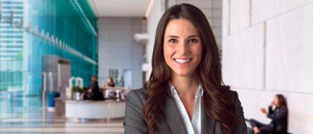 Coursera lanza la Maestría en Dirección de Empresas online y en español para América Latina