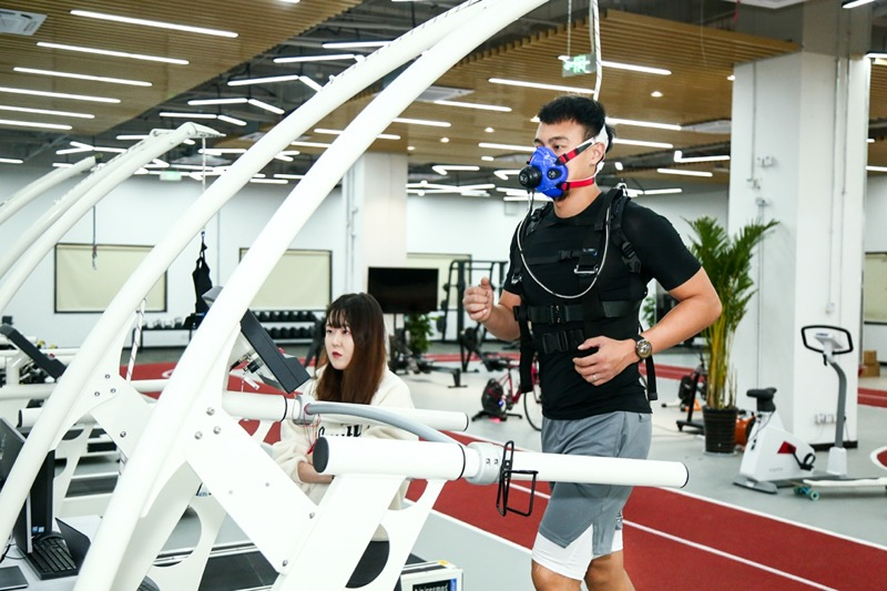 Huawei presenta su nuevo HUAWEI Health Lab enfocado en mejoras de salud a nivel profesional - huawei_health_lab_vo2max-comsumption-test-800x533