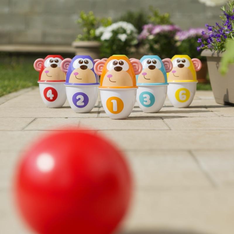 Beneficios de los juguetes en el desarrollo cognitivo de los bebés - monkey-strike-3
