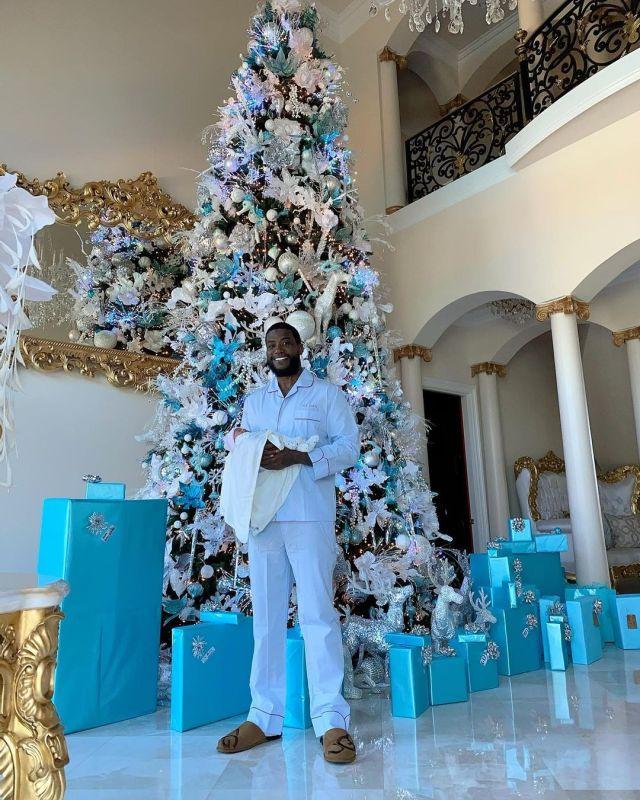 Spotted! celebridades que usaron las slippers de UGG esta navidad - slippers_scuff_ugg_3