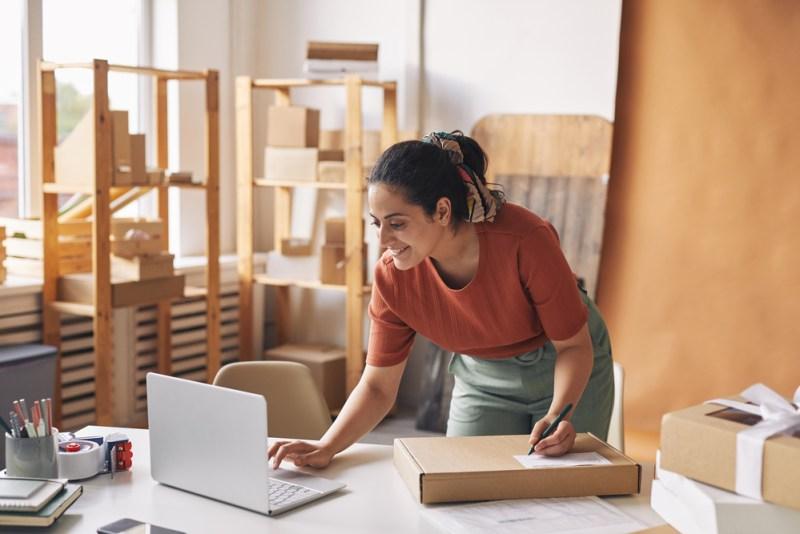 Cómo armar tu tienda en línea desde cero - como-crear-tu-tienda-en-linea-800x534