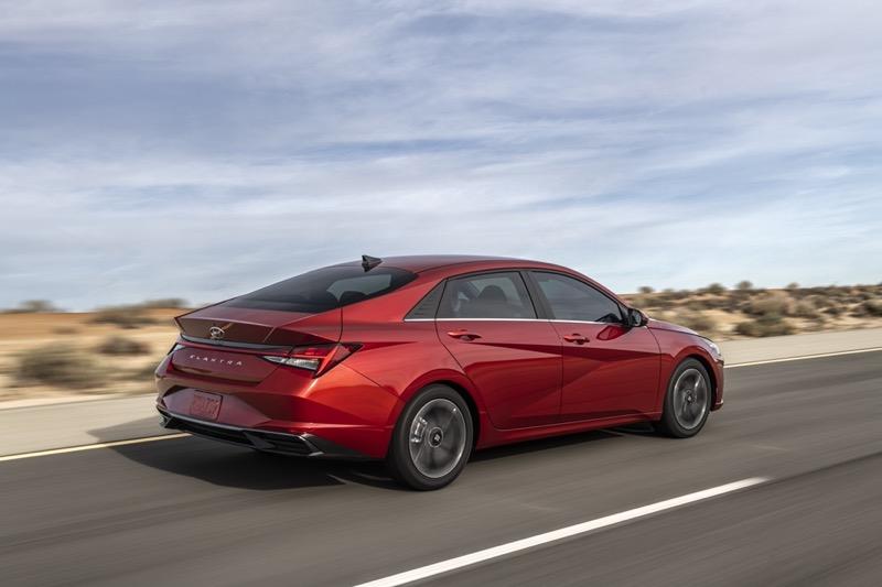 """Hyundai Elantra gana el premio """"Auto del Año"""" 2021 en Norteamérica - hyundai-elantra-premio"""