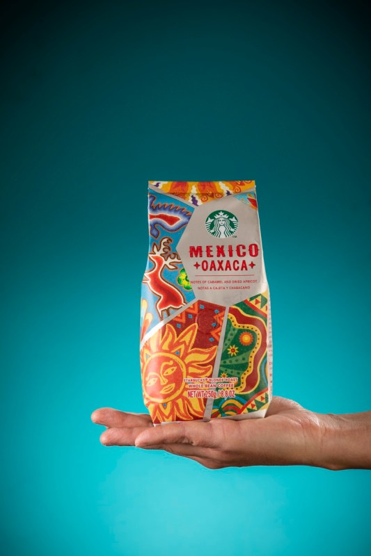 Starbucks honra las raíces oaxaqueñas con la introducción de Starbucks México Oaxaca - starbucks-mexico-oaxaca-2-533x800