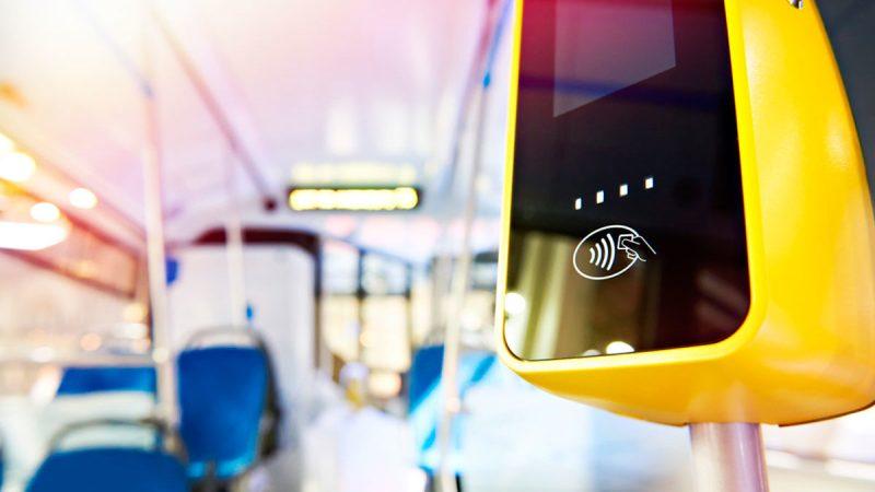 Las ciudades inteligentes se conectan con la vida real de las personas - contactless-800x450