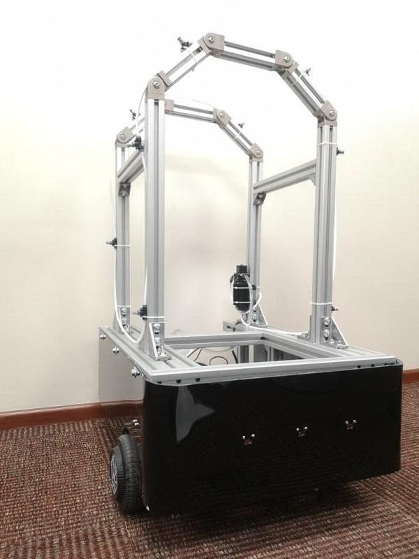 Robocov: robot para combatir el COVID-19  creado por el  Tec de Monterrey - robocov-600x800