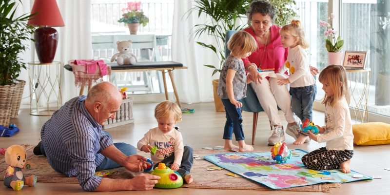 Guía de juguetes ideales para bebés y niños de acuerdo a su edad - guia-elegir-el-juguete-para-bebes-y-ninos