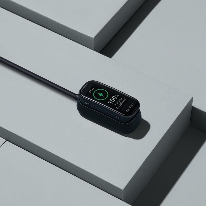 Nuevo OPPO Reno5 Lite con 5 cámaras con Inteligencia Artificial llega a México - oppo-band-charging-800x800