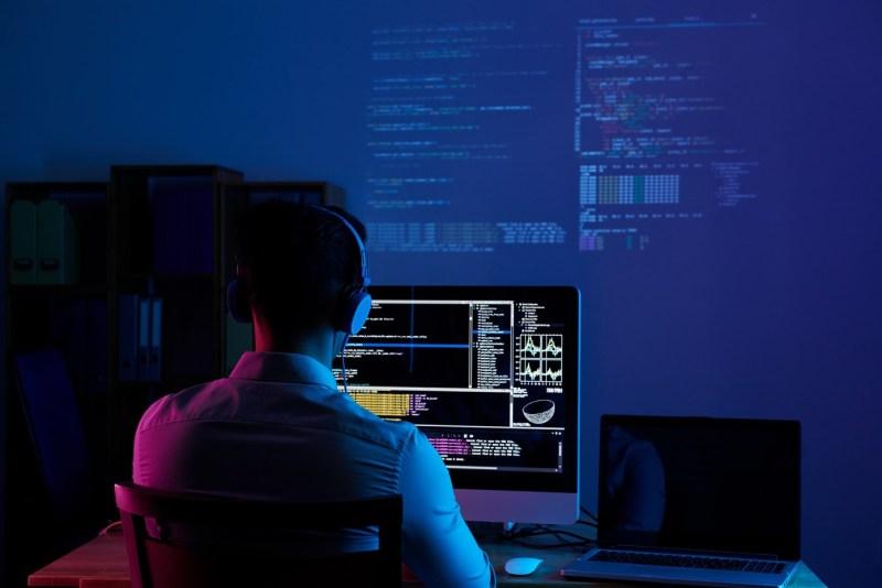 Estas son las principales tendencias laborales tecnológicas LATAM 2021 - talento-tecnologico-800x534