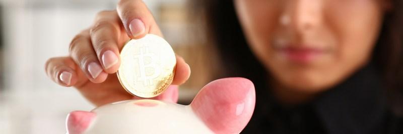 Ahorrar en dólares o bitcoins, ¿que conviene en tiempos del Covid? - bitcoins-ahorro-800x267