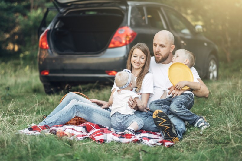 5 destinos a los que puedes viajar con tu papá por carretera