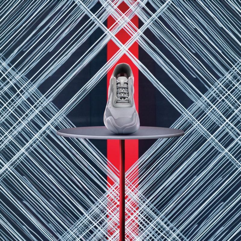 adidas y Prada lanzan dos nuevos colorways en el A + P LUNA ROSSA 21 - adidasforprada-fw20-lunarossa21-fw1070-angle-800x800