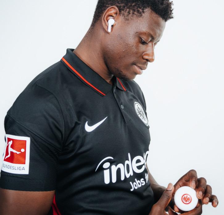 LG lanza edición limitada de los audífonos inalámbricos LG TONE Free, con el club de fútbol de la Bundesliga - lg-tone-free-01