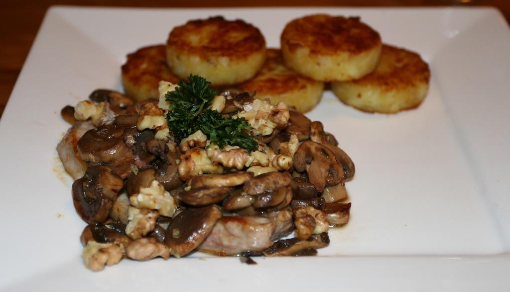 Gebakken champignons met walnoot