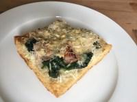 spinazie pizza met gerookte kip