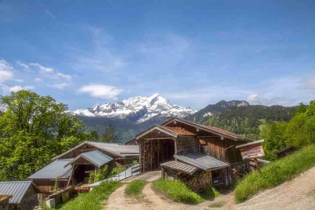 Hütten in Hintergrasseck
