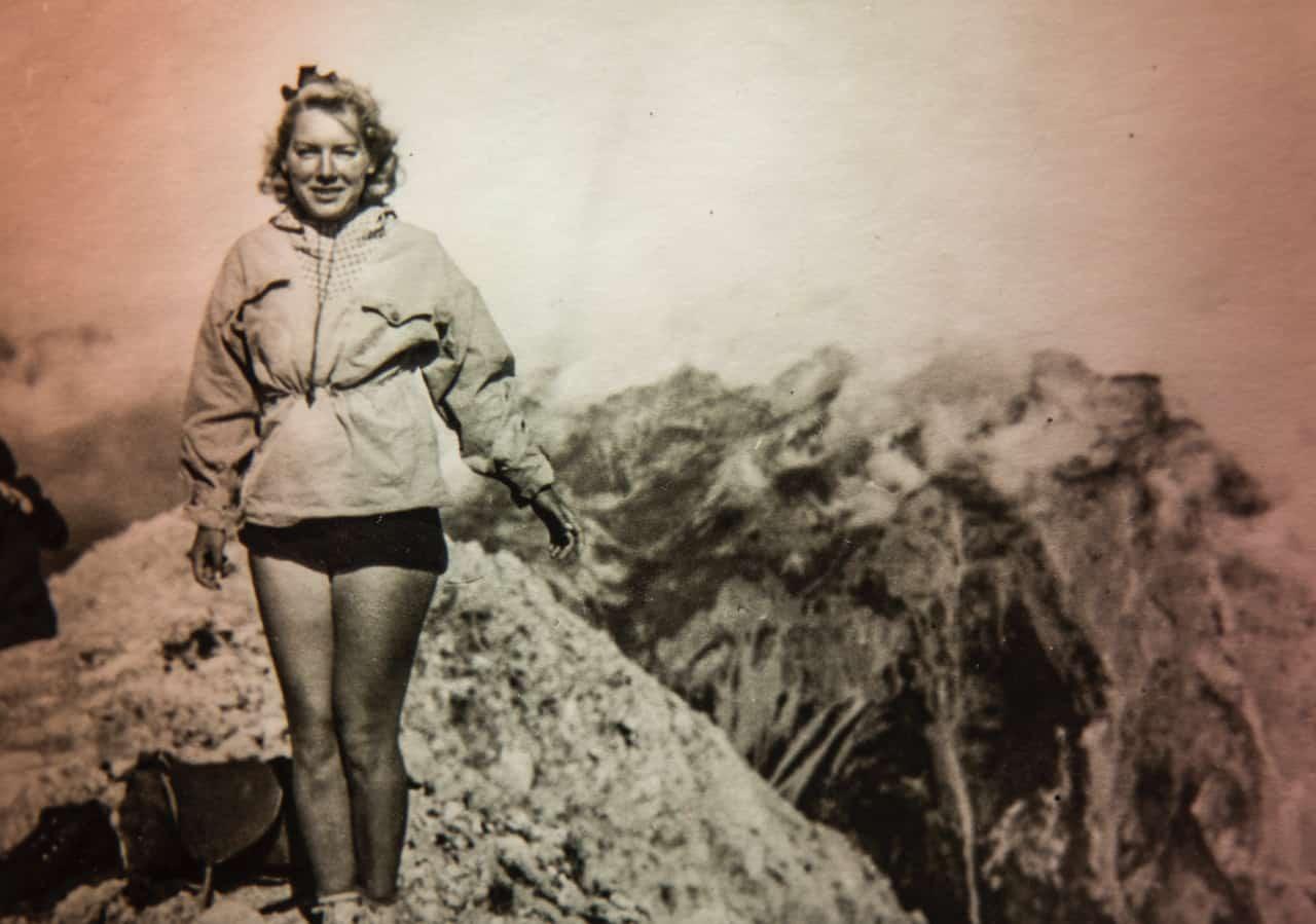 Bergsteigerin in den 70ern