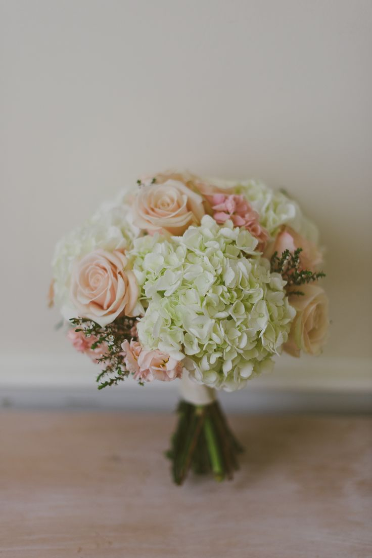 hydrangea bouquet – reminds me of my bouquet except my roses were ivory. Hydrangeas take up a lot of space
