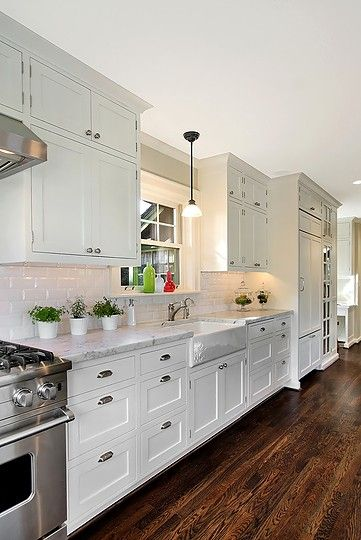 another white kitchen