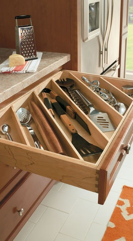 Cutlery Utensil Divider – traditional – cabinet and drawer organizers – other metro – MasterBrand Cabinets