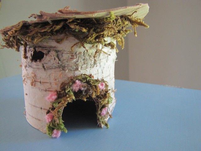 The making of a fairy house (how to) using birch bark, moss, etc. :) Charming.