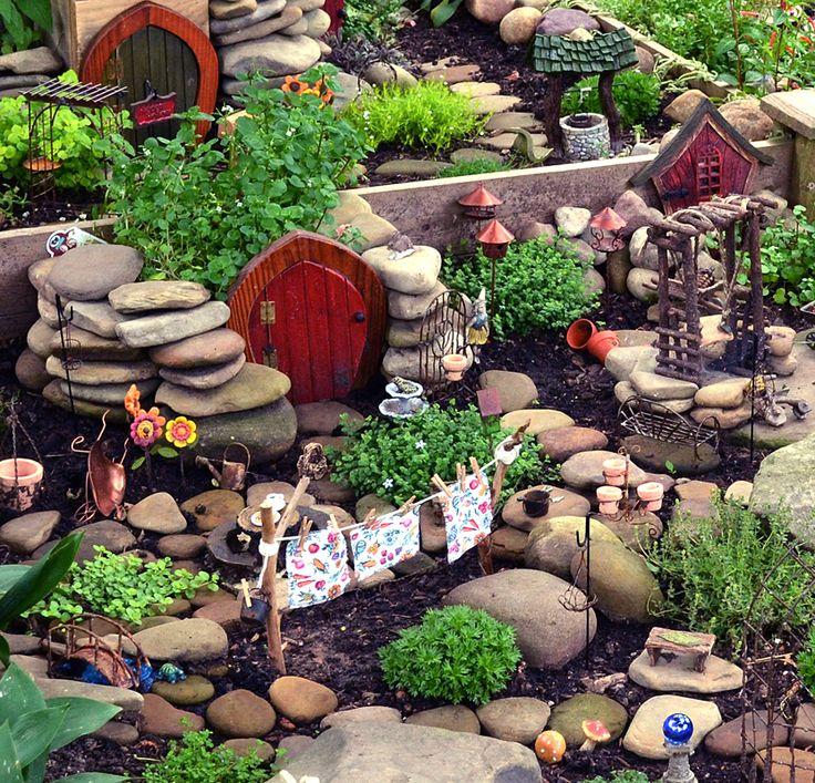 cool fairy garden.