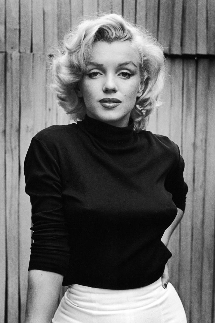 Marilyn Monroe is my IDOL because even tho she was curvy. had thighs and stretch marks. She is known as on