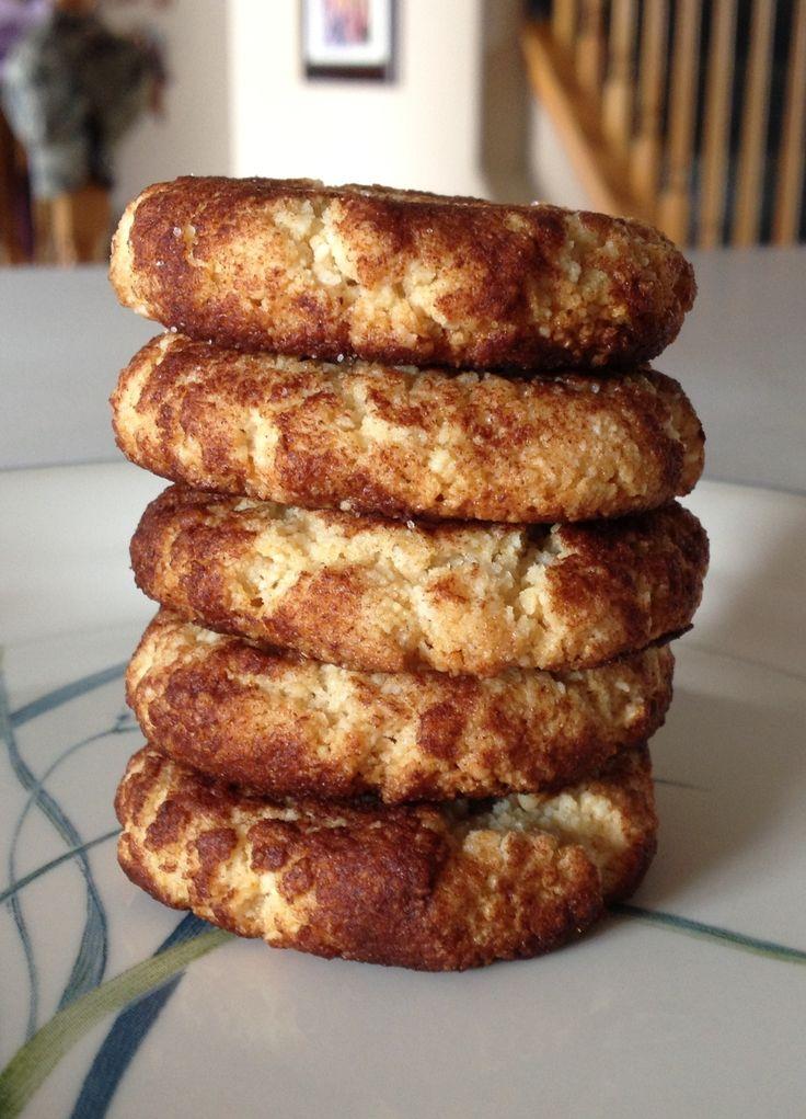 Paleo Snickerdoodles: 2 cup almond flour, 1/8 tsp sea salt, 1/4 tsp baking soda, 4-5 tbsp coconut oil (mel