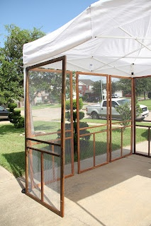 Adris Art: Art Fair booth screen doors hinged together could be a good option.  You could hang th