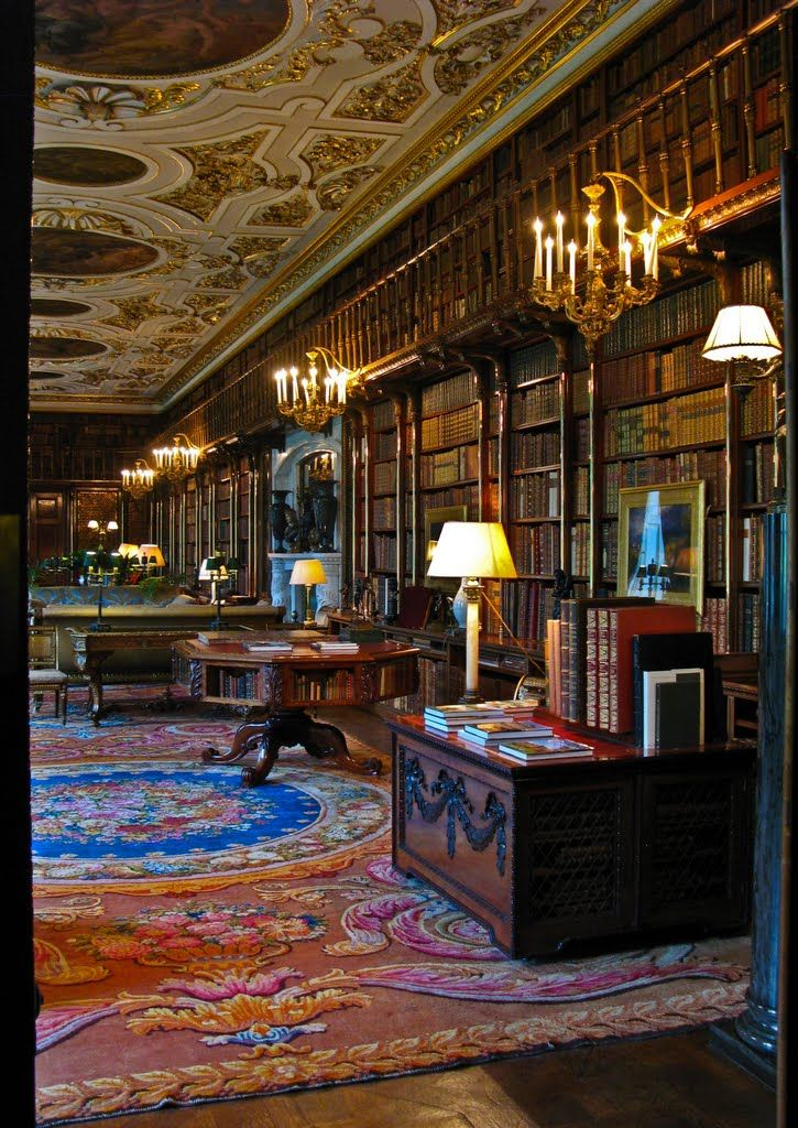 Chatsworth House: library detail