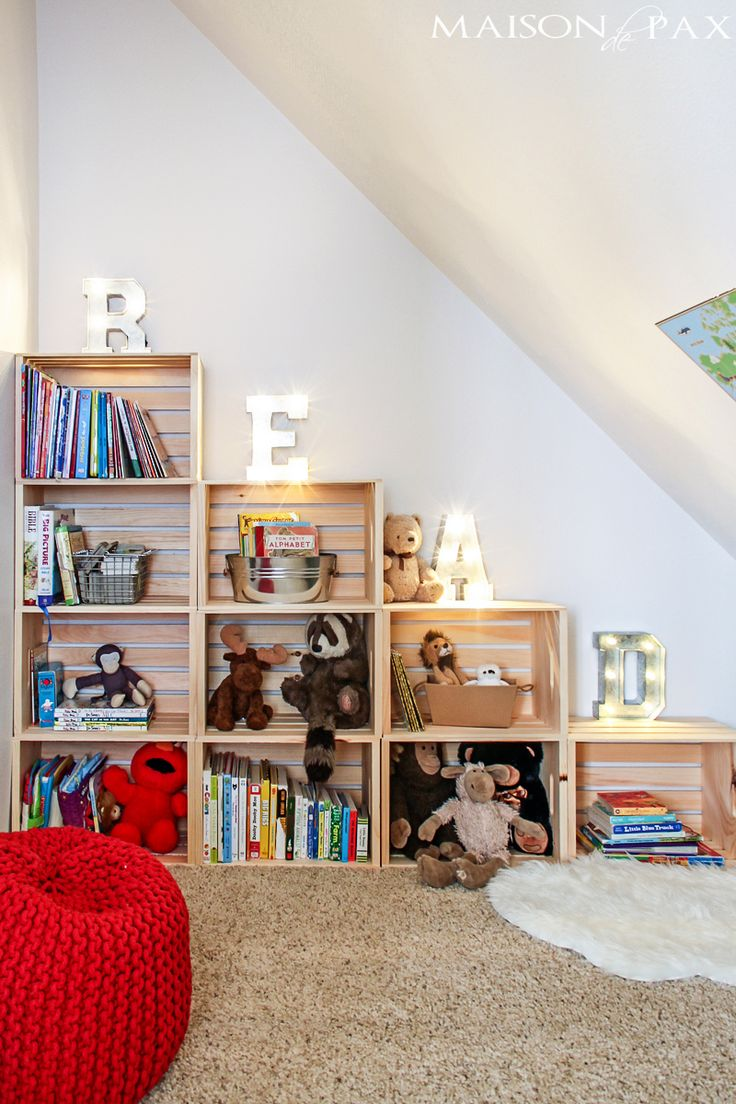 Adorable reading and play room for kids: create a darling nook anywhere in your ho