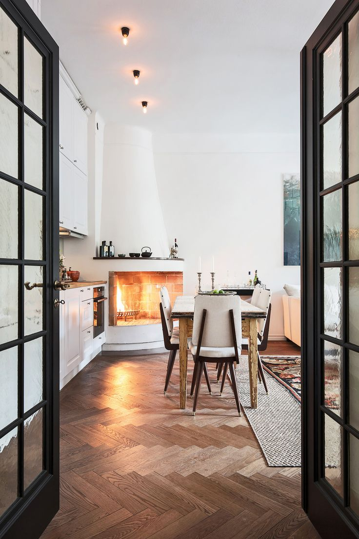 Small apartment | same home different decor here Follow Gravity Home: Blog – Insta