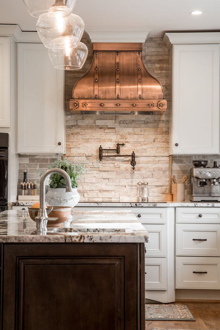 PIN 1 This is such a beautiful kitchen, love the mis-matched hardware finishes. Th