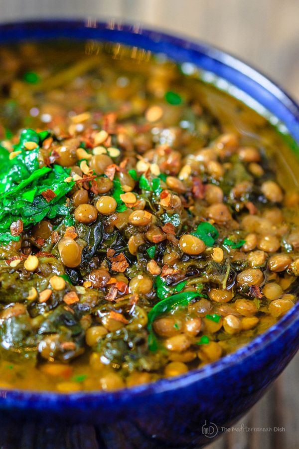 Mediterranean Spicy Spinach Lentil Soup Recipe| The Mediterranean Dish. A nutritious, flavor-packed lentil soup that comes