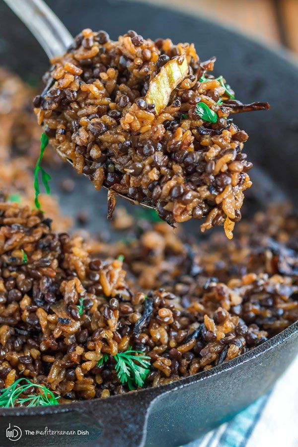 Mujadara Recipe | The Mediterranean Dish. This simple lentils and rice recipe garnished with crispy onions is a signature Middle