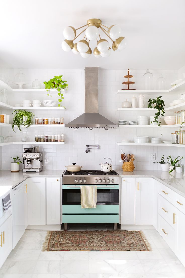 Elsie Larsons kitchen tour