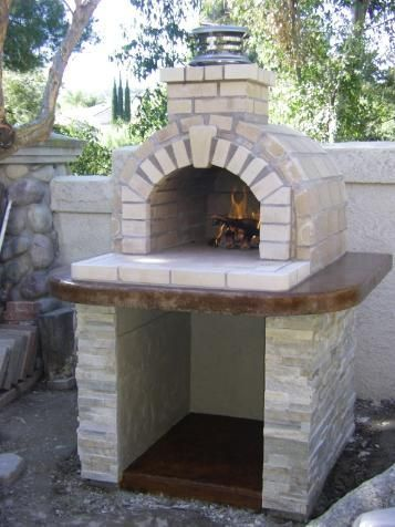 One of the most popular DIY Wood Fired Ovens on the internet.. This Tan Firebrick oven was built using the Mattone Barile DIY Wood