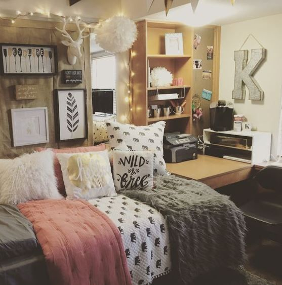 Trying to brainstorm cute dorm room ideas as you begin shopping for college can be pretty hectic! With so many amazing styles and