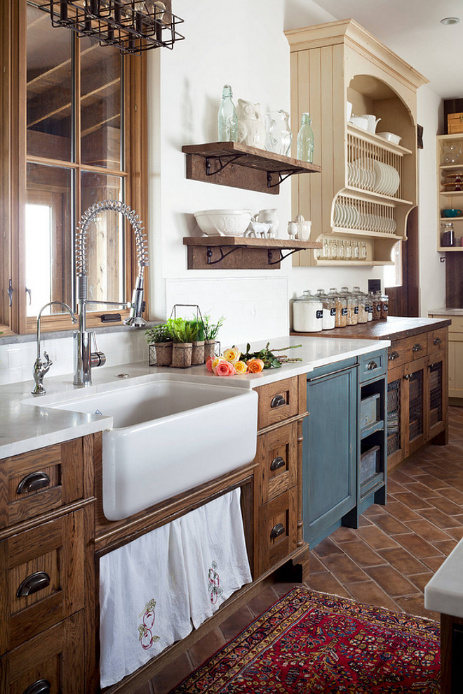 Farmhouse style kitchen with open shelves and farmhouse sink – by Dragonfly Designs