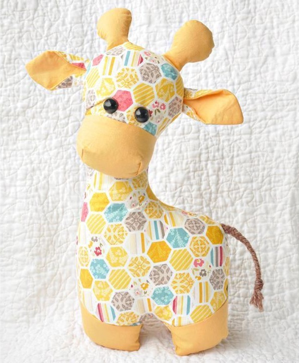 Giraffe Sewing Pattern – Toy Animal Sewing Patterns – via FineCraftGuild.com