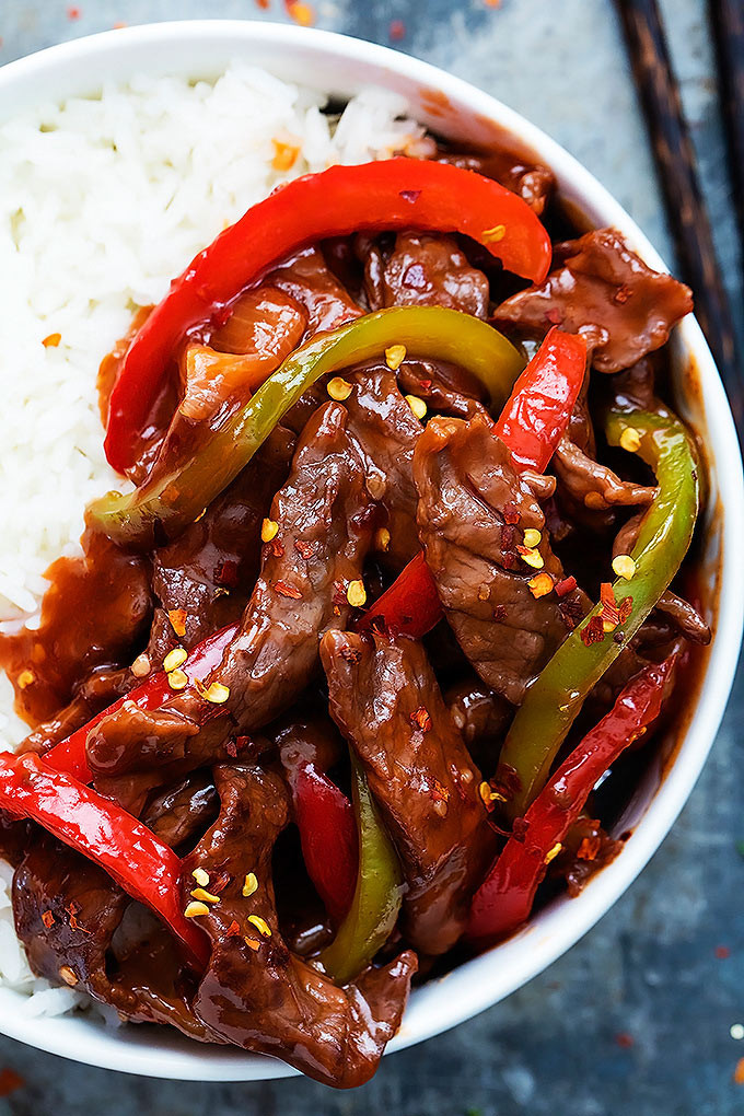 Tender, spicy Asian Beijing beef you can whip up in just 20 minutes. | Creme de la Crumb #chinese_beef_recipes