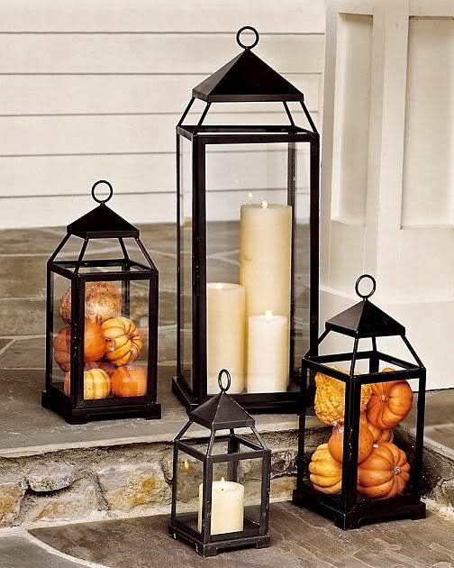 Fall is in full swing now my friends and more and more brilliant outdoor decor is popping up everywhere. Tons more Fall home