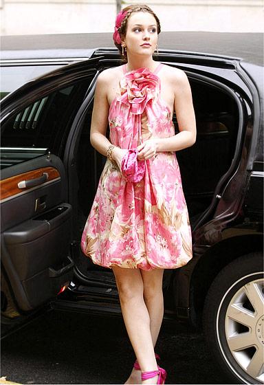 In Season 1, Blair Waldorf (Leighton Meester) looks ladylike in a Collette Dinnigan floral frock.