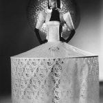 Paper couture: minunatele rochii ale lui Jum Nakao