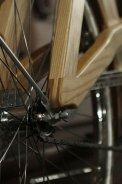 bicicleta din lemn (3)