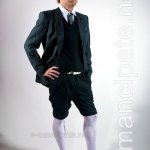 O noua moda: dresurile pentru barbati