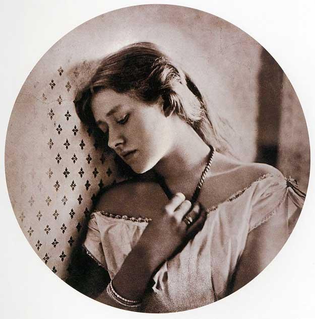 Julia-Margaret-Cameron-2