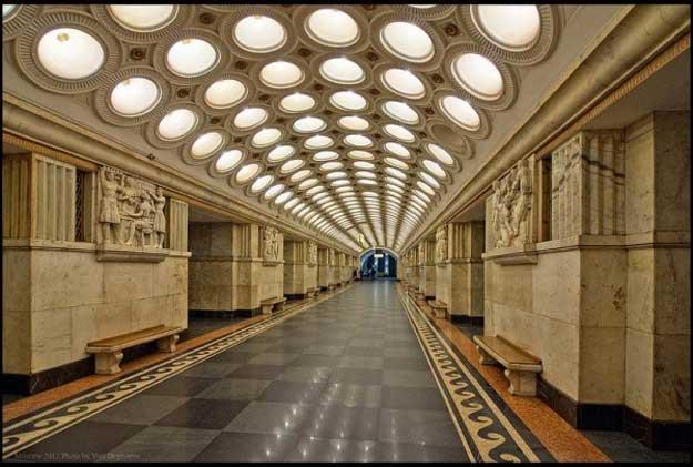 Metrou-Moscova-8