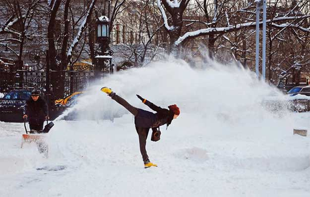 Dancing Bucharest - dansatoare : Ioana Marchidan.